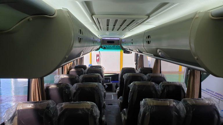 isuzu nqr 71 medium bus karoseri adiputro